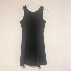 BLACK FOREVER 21 DRESS WITH V IN BACK SZ M